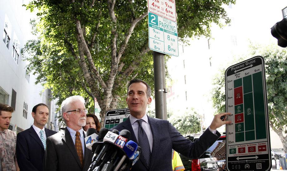 Los Angeles Mayor Garcetti and Councilmember Paul Krekorian unveil signs in Downtown LA